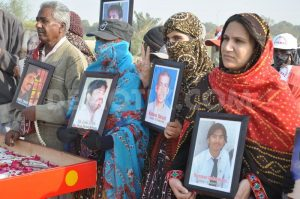 1387889213-baloch-missing-persons-long-march-reached-hyderabad-from-quetta_3560409
